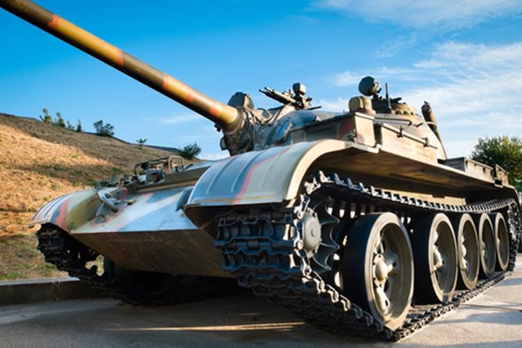 Bratislava-panzer-fahren